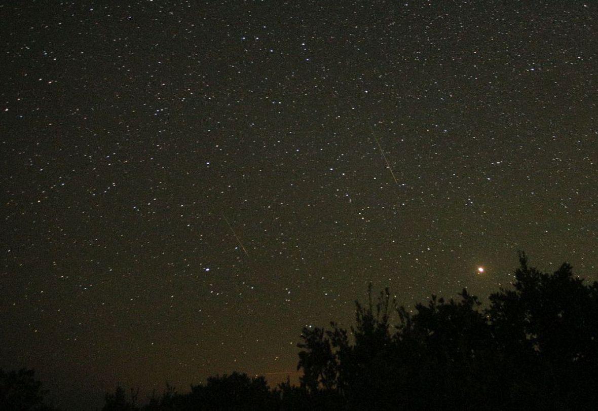 sky-star-shooting-desire-nature-Month-meteorites