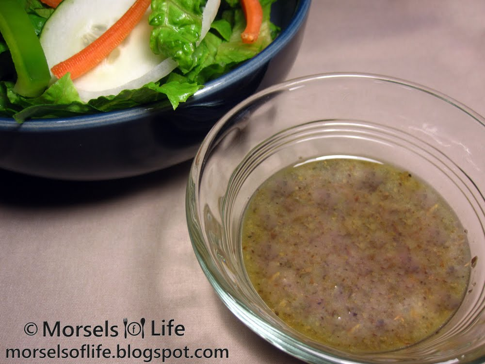 Morsels of Life - Red Wine Vinaigrette - A red wine vinaigrette flavored with black pepper, basil, oregano, and other Italian seasonings.