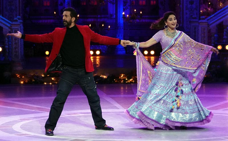 Madhuri Dixit and Javed Jaffrey reunite after a decade on COLORS Dance Deewane