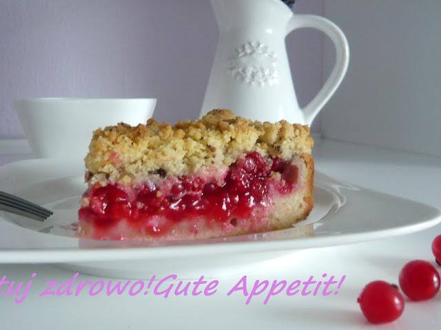 Ciasto z czerwonymi  porzeczkami i z kruszonką - Czytaj więcej »