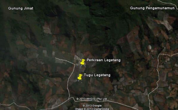 puncak gunung Pengamunamun yang 'terbang' ke Dukuh Legetang