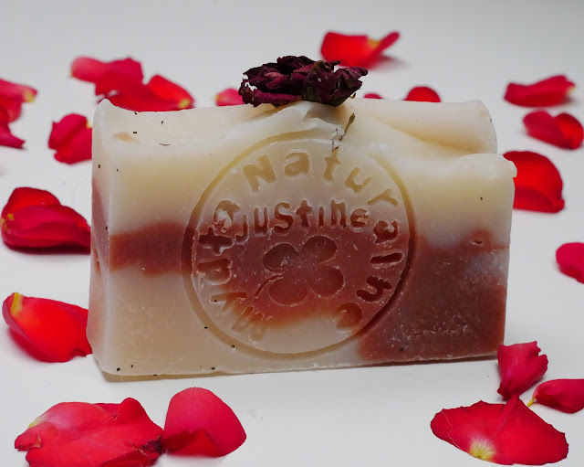 naturalne różane mydełko doskonale pielęgnuje wrażliwą, naczynkową i problematyczną cerę.