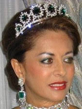 emerald tiara queen sultanah kalsom pahang malaysia
