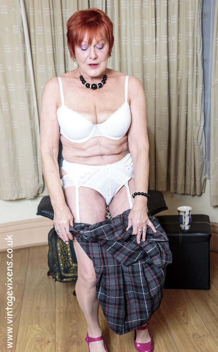 Archive Of Old Women Grandmother Took Off Her Panties And Bra-6874