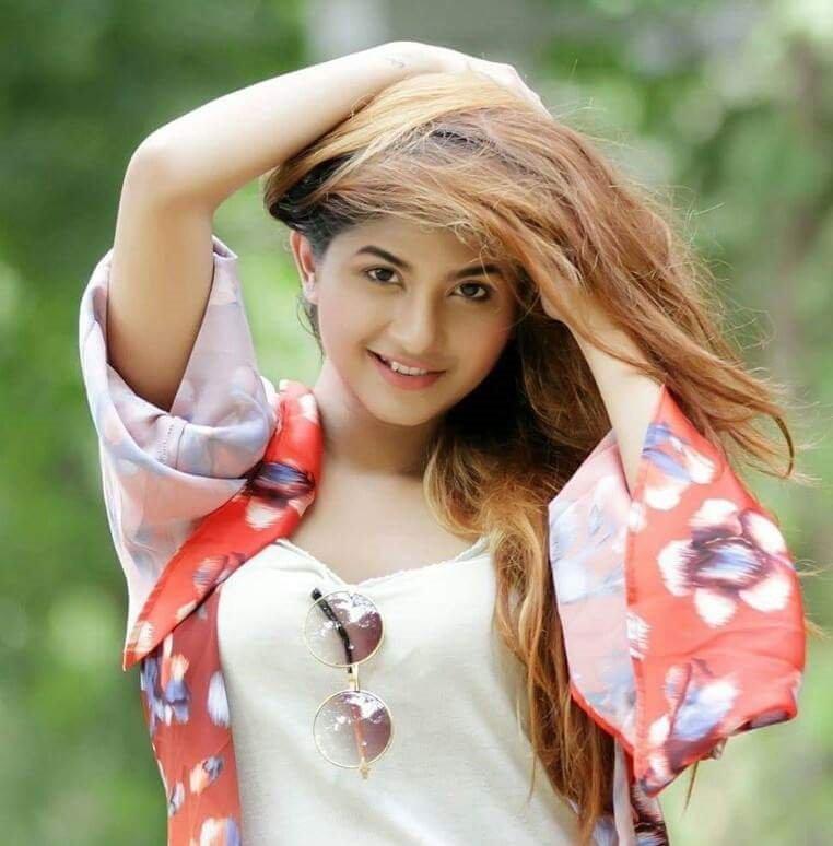 Bangladeshi Actress Orchita Sporshia Short Biography & Pictures 11