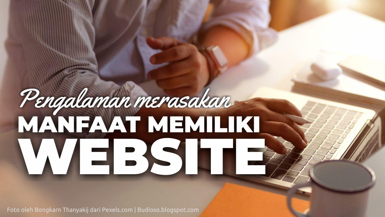 Memiliki sebuah situs website saat ini dianggap oleh banyak orang menjadi   suatu keharu Mau Dikomplain Customer Eh Ternyata Salah Orang. Ini Dia Manfaat Memiliki Website Untuk Usaha