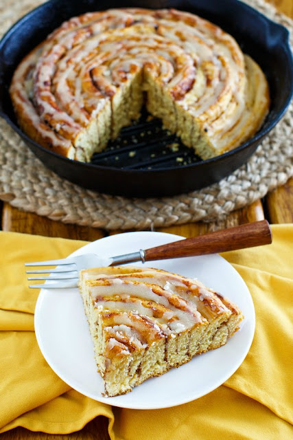 Pumpkin Spice Skillet Cinnamon Roll with Maple Brown Butter Glaze