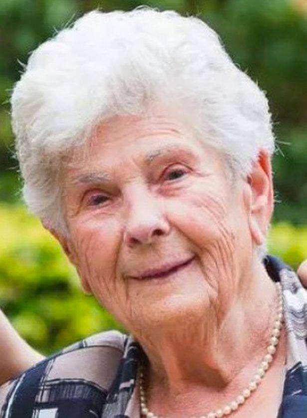 "A 90-Year Old Woman Dies From Covid-19 After Leaving a Respirator for Young Patients saying that she ""had good life"""
