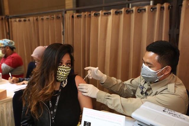 Oded :  25 Ribu Pegawai Swalayan Di Kota Bandung Sudah 100 Persen Divaksin