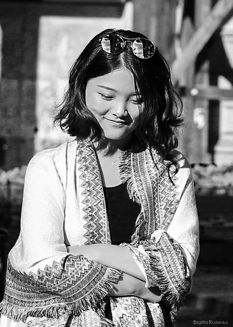 Street Photography - Lovely Lady