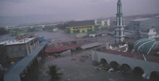 Pasca Gempa 7,7 SR, Kota Palu, Diterjang Tsunami