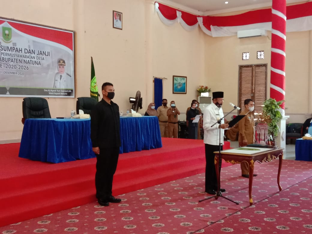 Bupati Natuna Melantik 220 Anggota BPD Yang Tersebar di 44 Desa Periode 2020-2026