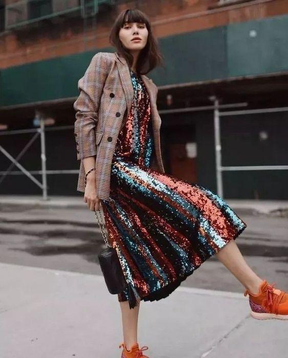 EMBELLISHED DRESS STREET STYLE FASHION