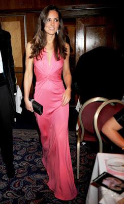 17 Kate Middleton em duas versões