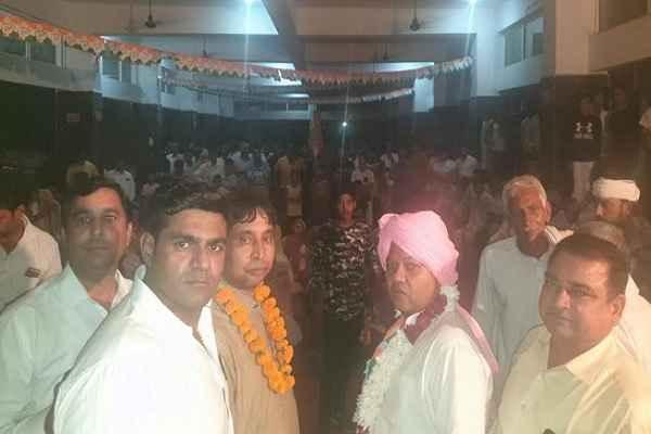 neeraj-sharma-get-support-in-jharsently-village-nit-86-vidhansabha