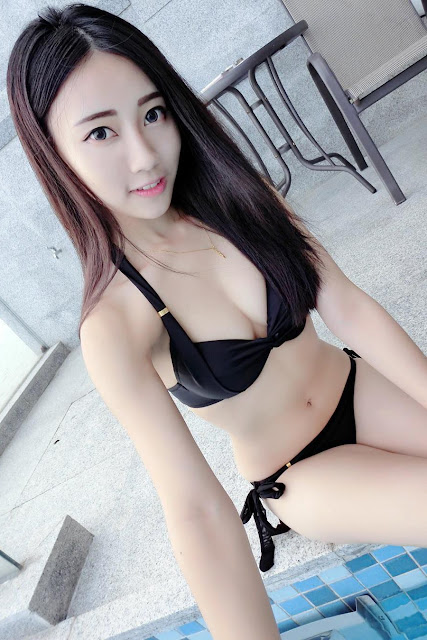 Hot and sexy big boobs photos of beautiful busty asian hottie chick Chinese booty model Reiiko Yuii photo highlights on Pinays Finest sexy nude photo collection site.