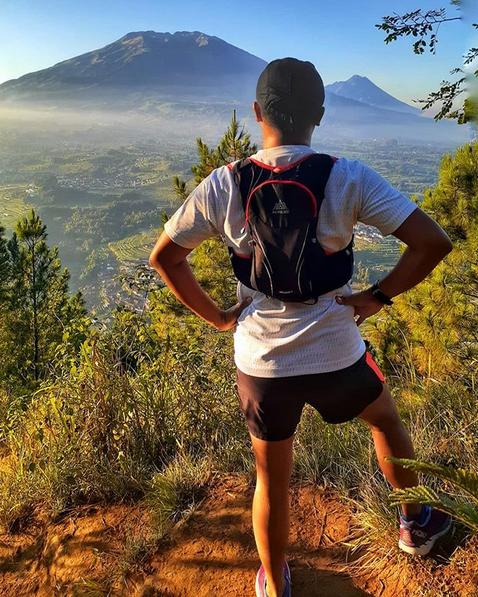 10 Tips Perlengkapan Persiapan Pendakian Gunung Tektok - Tas HydroPack
