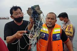 Jatuh di Sekitar Pulau Lancang, Basarnas Buka Posko Pencarian Pesawat Sriwijaya Air SJ182