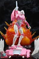 Transformers Kingdom Arcee 34