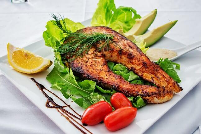 salmon fish in Marathi
