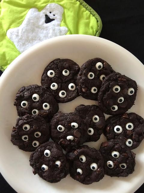 Finished spooky double chocolate eyeball cookies.