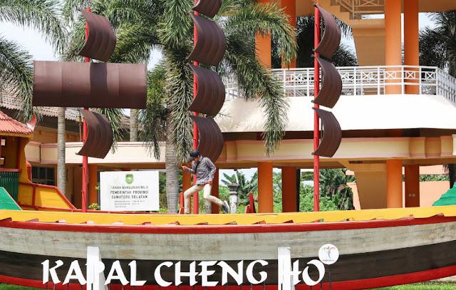 replika kapal cheng ho di palembang