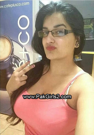 Pakistani Aunty 2016(1)