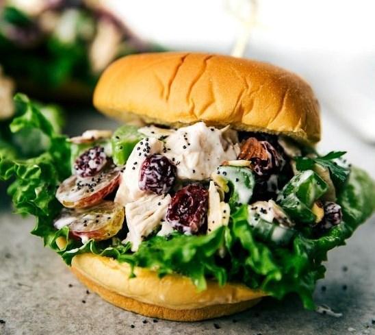 LOW CALORIE CHICKEN SALAD SANDWICHES #healthy #diet
