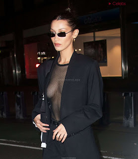 Bella-Hadid-boobs-exposed-in-transparent--T-shirt-Bra-kess-boobs-CEleBrityBooty.co-Exclusive+02.jpg