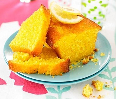 Torta de limon humeda