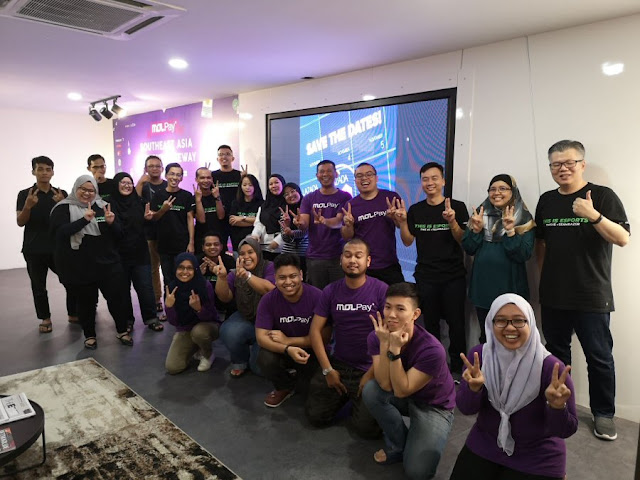 MOLPay team behind 11.11