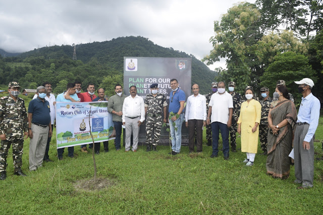 सशस्त्र सीमा बल खपरैल आठवीं वाहिनी मुख्यालय द्वारा वृक्षारोपण कार्यक्रम का आयोजन।
