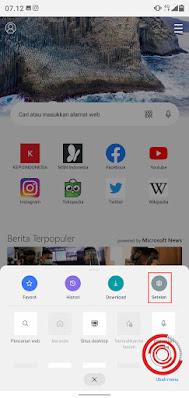 1. Langkah pertama silakan kalian buka aplikasi Edge di Android lalu pilih menu Setelan