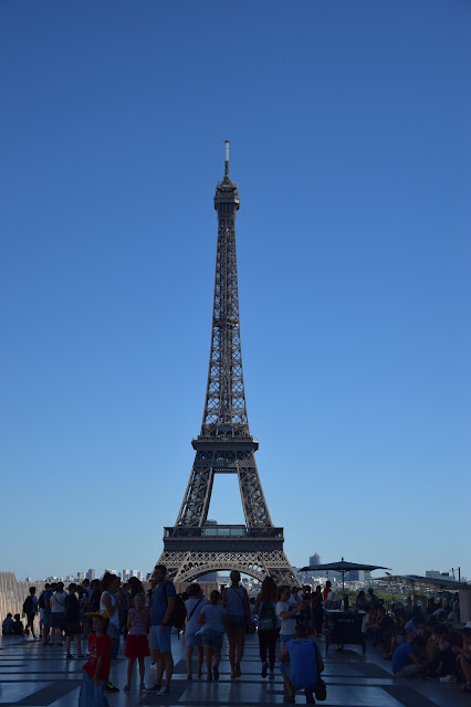 Paryż w pigułce #2 - La Tour Eiffel - zdjęcie 5 - Francuski przy kawie