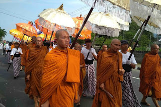 Melihat Perayaan Hari Raya Waisak di Sejumlah Negara Saat Pandemi Virus Corona