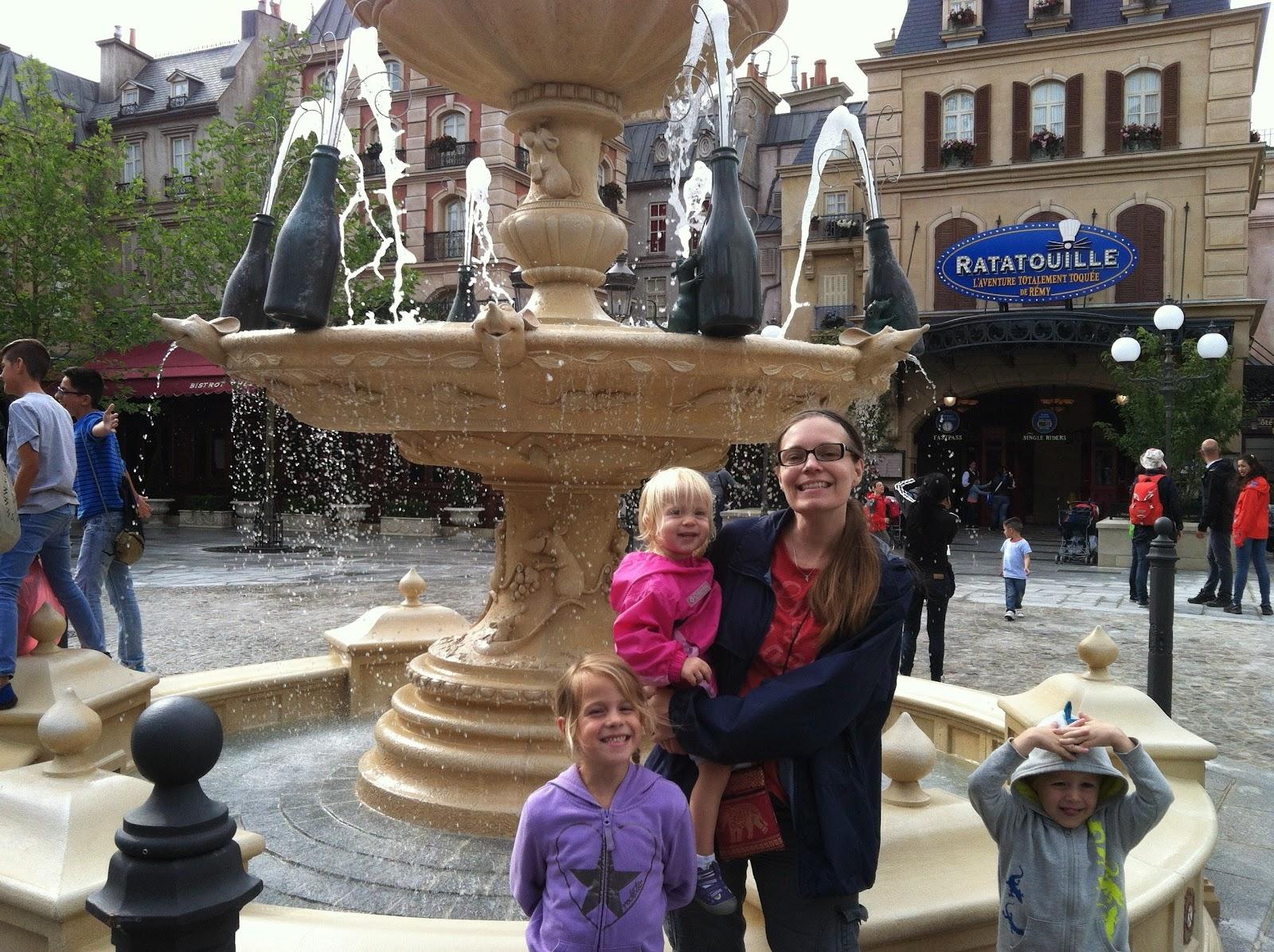 Chadwicks' Picture Place: Disneyland Paris: Walt Disney ...