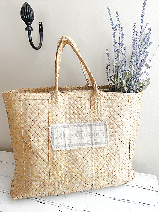 market tote with lavender bunches