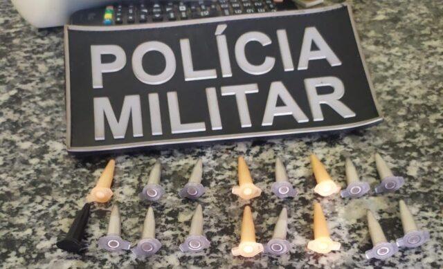 Em Ipiranga-PI, PM prende homem com 17 pinos de cocaína