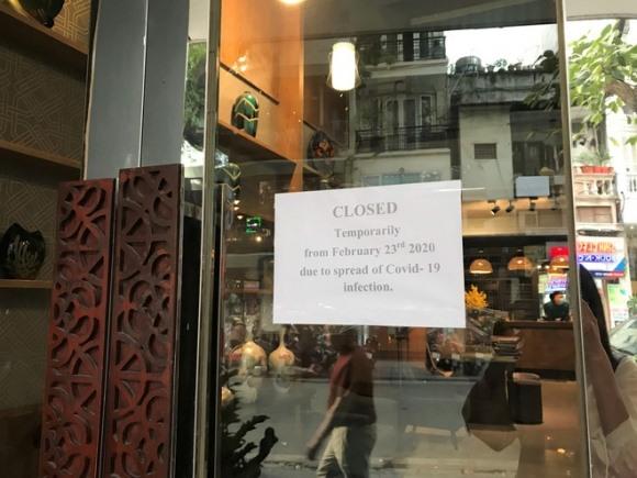 """Bà chủ khách sạn đóng cửa vì dịch Covid-19: """"Gào thét, đập đầu vào tường vì sốc"""""""
