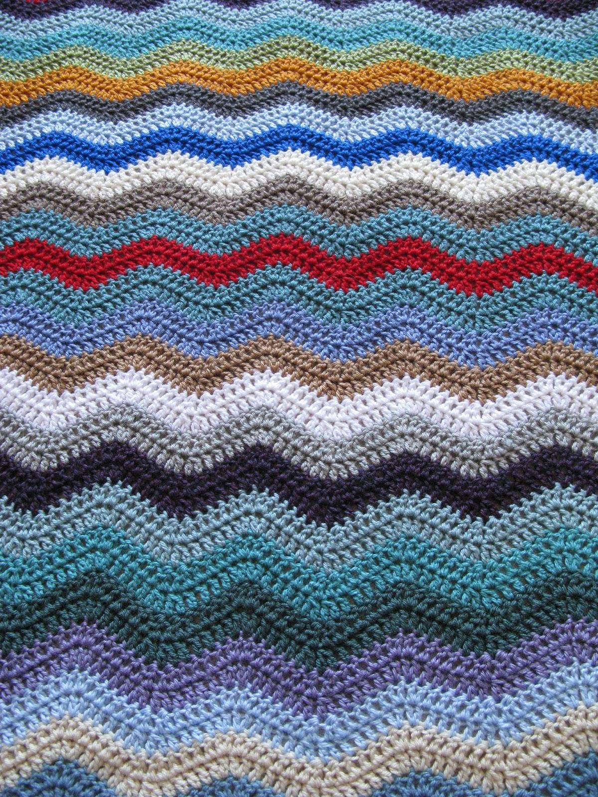 meo my crochet: Stash-Buster Ripple Baby Blanket
