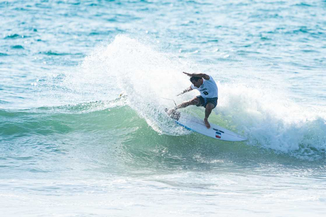 surf30 FRA ath Jeremy Flores ath ph Ben Reed ph 4