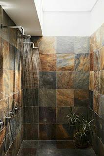 desain kamar mandi natural minimalis