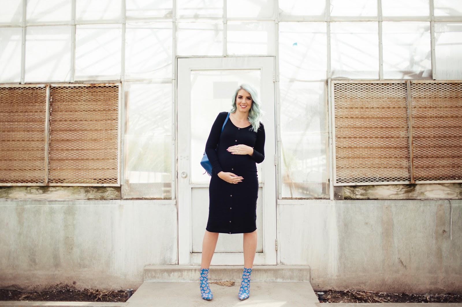 Mint Hair, Blue Hair, Maternity Outfit