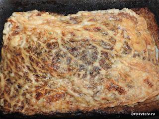 Drob de miel de casa reteta traditionala de Paște gatit in prapure cu carne grasime organe maruntaie ceapa verde marar patrunjel copt cuptor retete mancare aperitive Paști,
