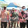Bersama Forkopimda, Kapolres Takalar AKBP Beny Murjayanto Gelar Pembagian Masker Serentak