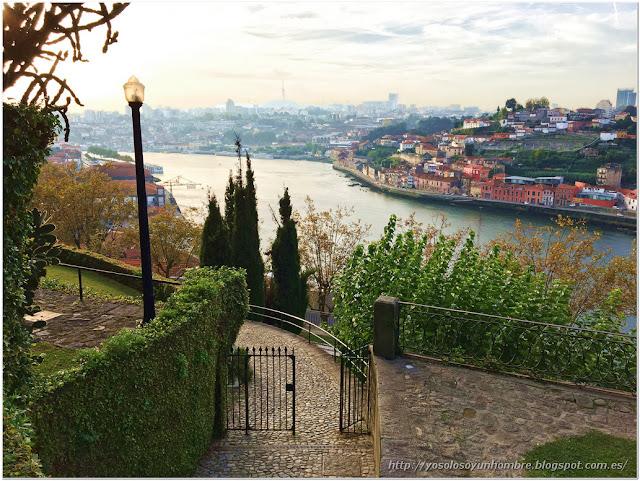Estampa del río Duero desde el parque
