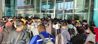 Terjadi Kerumunan di Bandara Soetta, Netizen: Selain HRS-FPI, Yang Lain Tidak Melanggar Hukum