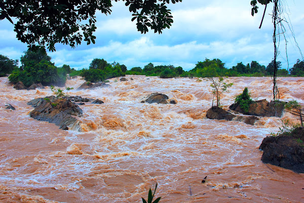 Cataratas Somphamit en la isla Don Khon (Laos)