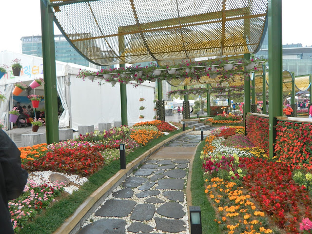 Pretty passage ways decorated with flowers