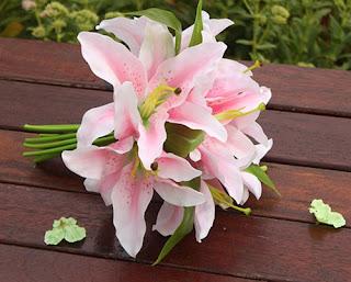 handbouquet-lily-surabaya44